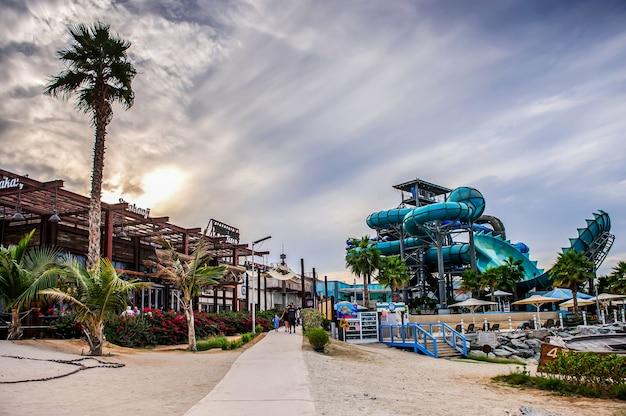 La mer beach resort in dubai