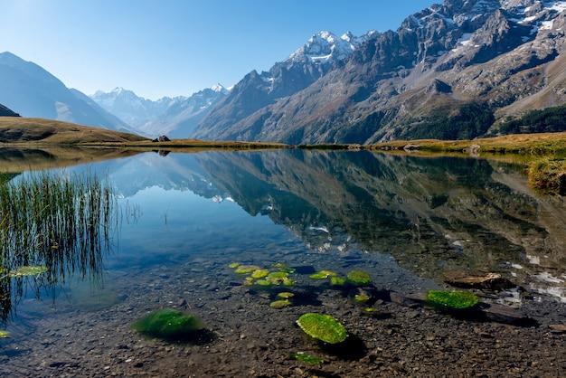 Lac du pontet nelle alpi