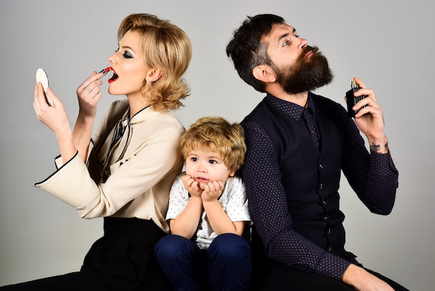 Lack of attention busy parents kids need to spend time with parents what stage of career is best