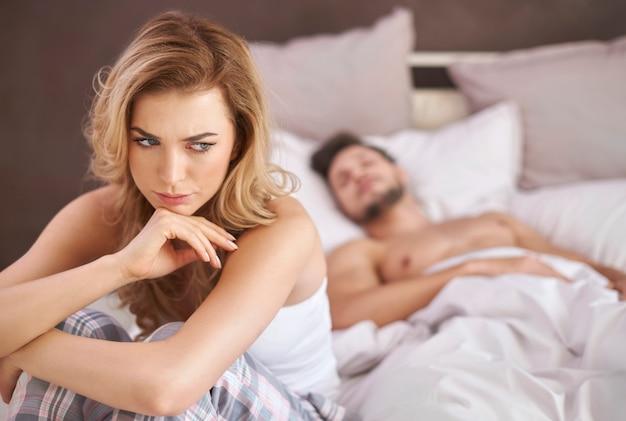 Отсутствие общения в отношениях - худшее