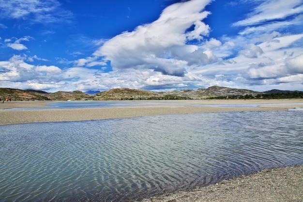 Lago grey в национальном парке торрес-дель-пайне, патагония, чили