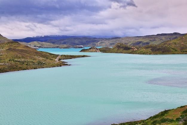 トーレスデルパイネ国立公園、パタゴニア、チリのラゴペホ