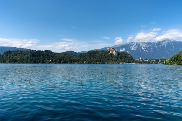 Озеро блед и бледский замок