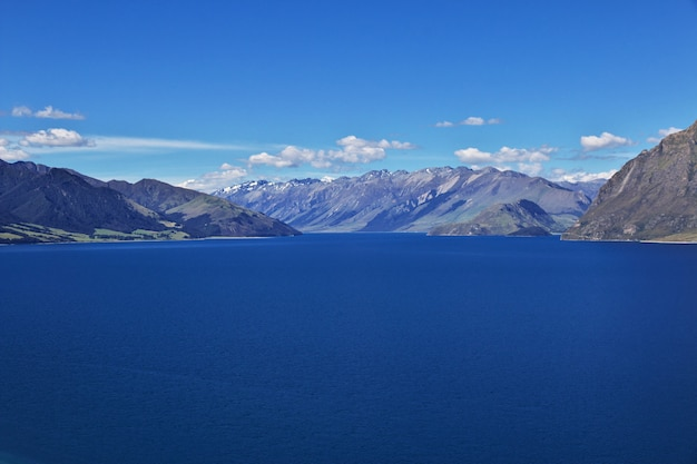The lake in mountains of the south island, new zealand