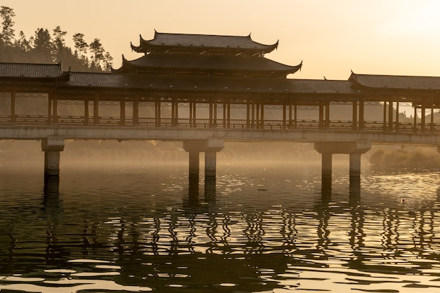 Озера и мосты на закате