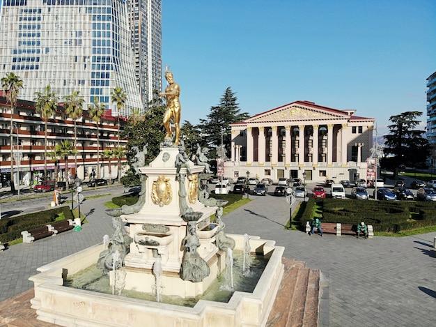 Достопримечательность в центре города батуми в грузии