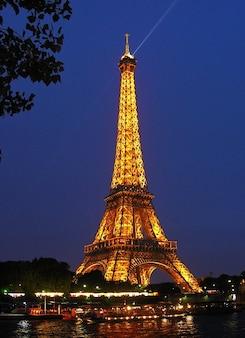 Landmark tower city eiffel paris france