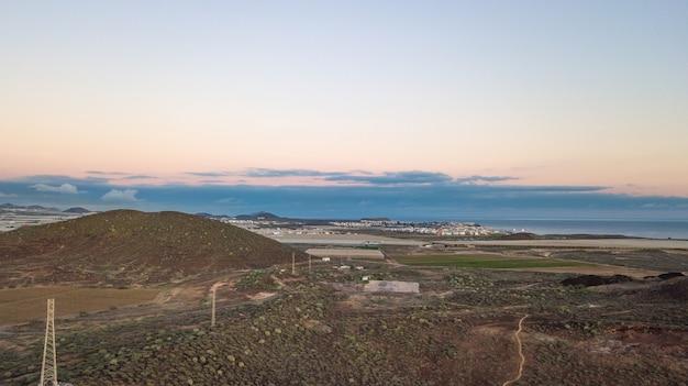 Пейзаж и морской пейзаж с дрона, остров тенерифе