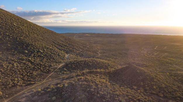 테네리페 섬 드론에서 본 풍경과 바다