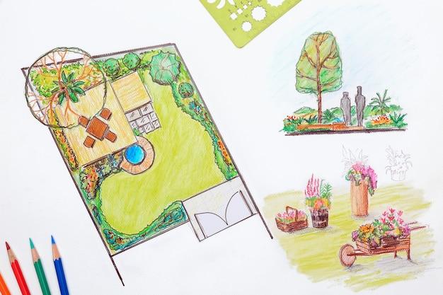 마을의 작은 뒷마당 계획을위한 조경 설계