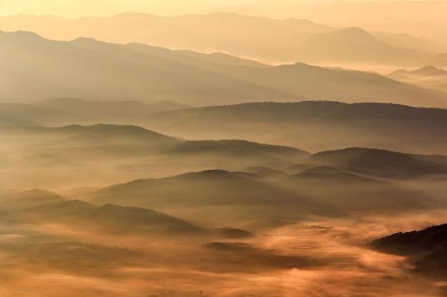 치앙마이 지방, 태국에서 doi 루앙 치앙 다오, 높은 산 풍경