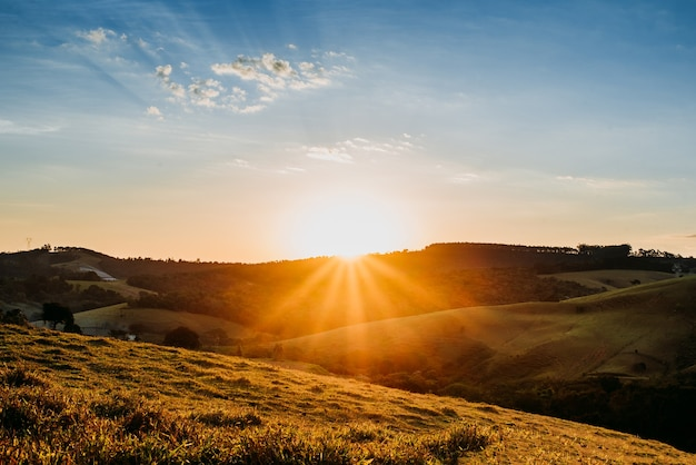Пейзаж красивый фон сцена природа