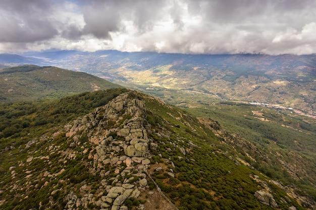 Пейзаж в пена негра недалеко от пьорнал эстремадура испания