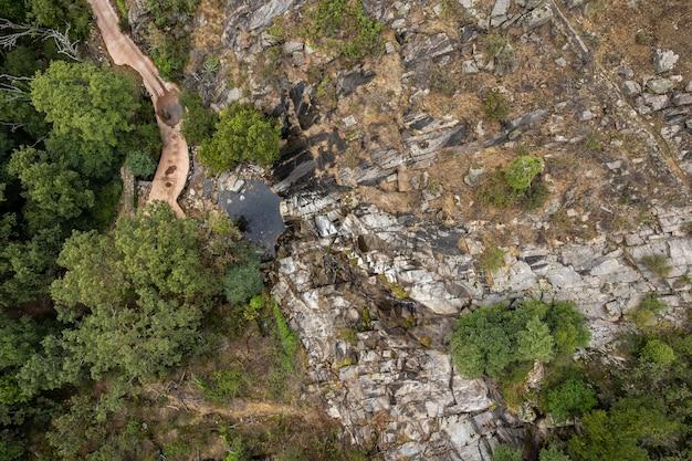 Piornal extremadura spain 근처 칼데론 폭포의 풍경