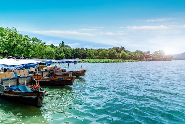 Пейзаж ханчжоу западное озеро круиз