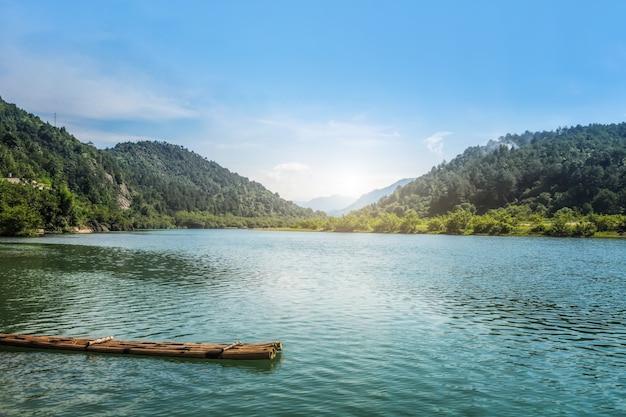 温州の南西川の風景