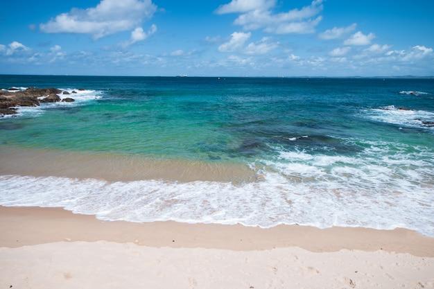 Пейзаж пляжа порту-да-барра