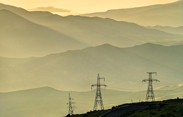 アルメニアの vorotan pass のコーカサス山脈の風景