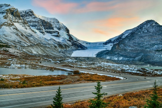Landscape view of athabasca glacier at columbia ice field parkway background