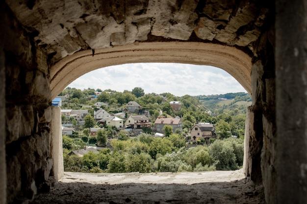 Пейзажный вид на древний город