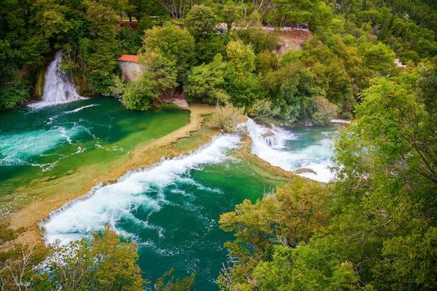 Krka 국립 공원, 크로아티아의 폭포가있는 풍경