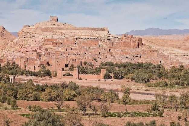 モロッコの風景と都市