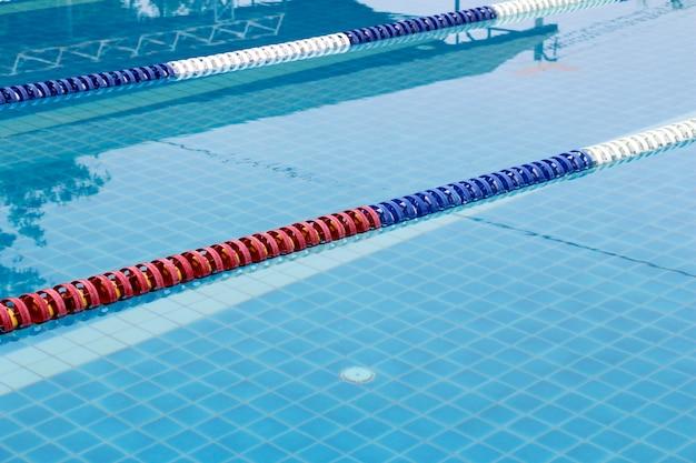 Улицы спортивного плавательного бассейна