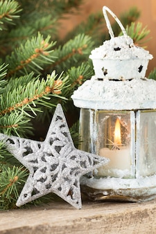 Фонарь с елкой, рождественский декор. открытка.