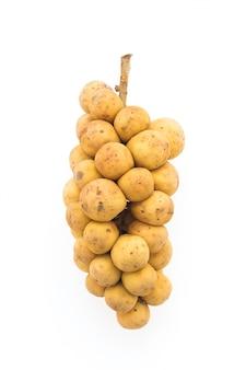白い背景にあるlanzonesの果物
