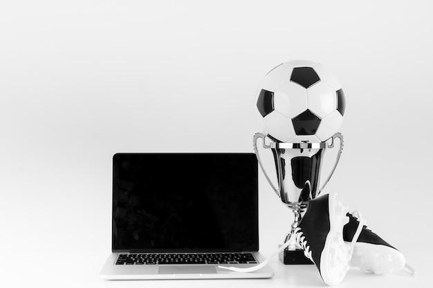 Концепция ноутбуков и футбола