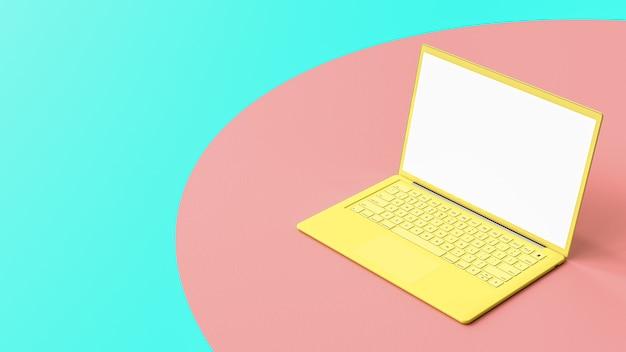 仕事の夕暮れのテーブルのラップトップの空白の画面の黄色。パステルカラーとコンピューターの背景の概念。