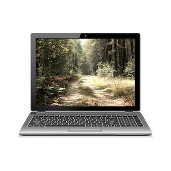 화면에 숲 도로와 노트북