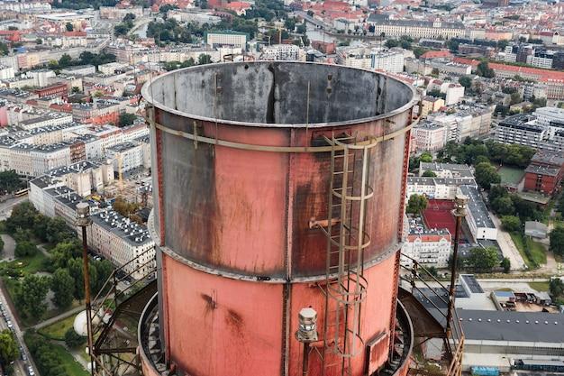 発電所の大きな煙突、拡大上面図、環境汚染