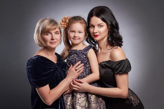 Large family portrait of women, happy family