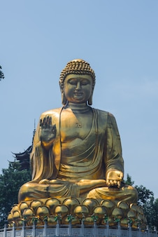 Large golden buddha statue