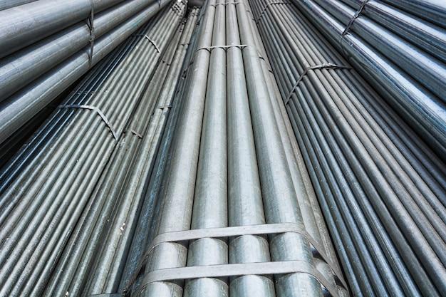 Большой сталелитейный склад