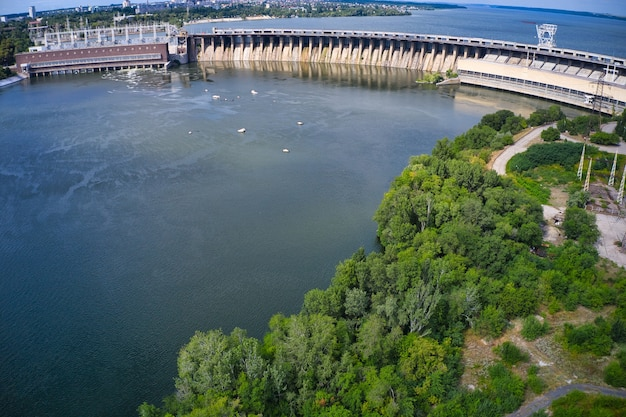 Largest hydroelectric power station on the dnieper river in zaporozhye.