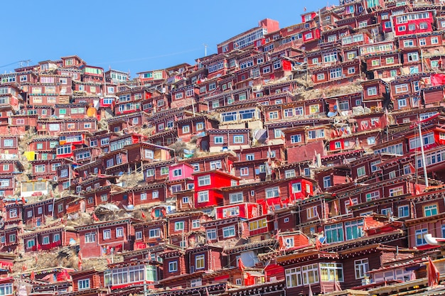 Larung gar(buddhist academy)、四川省、中国のトップビュー修道院