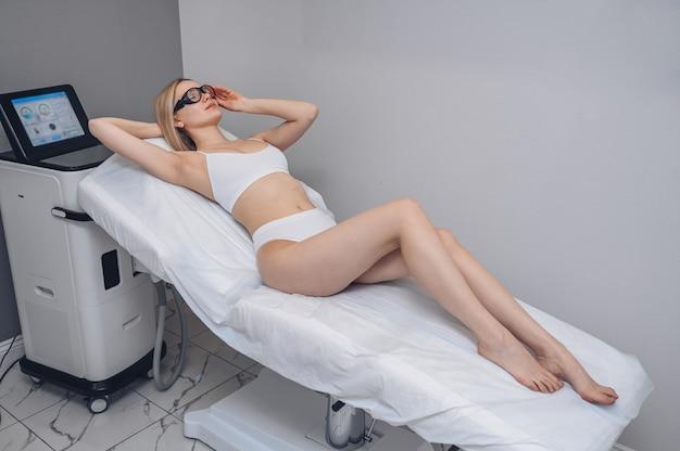 Лазерная эпиляция и косметология в салоне красоты