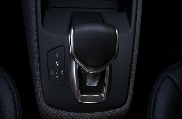 Автоматический рычаг для электромобилей последнего поколения
