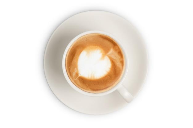 Чашка кофе латте. вид сверху чашки кофе латте, изолированные на белом фоне.