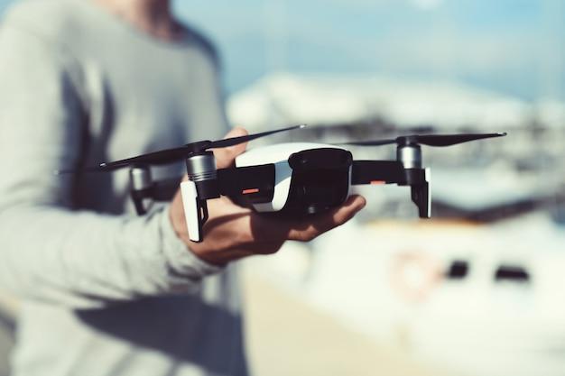 Quadrocopter、ドローンの起動と表示