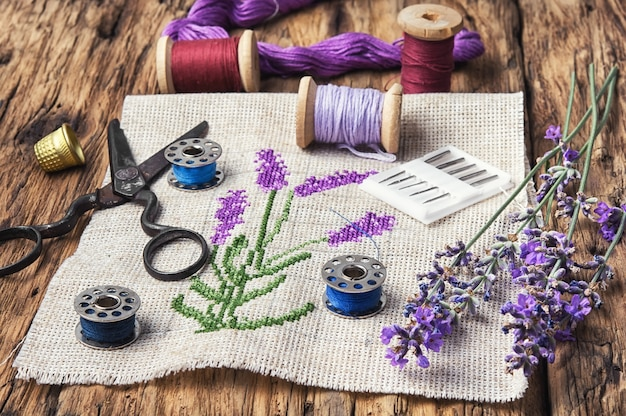 Lavender bouquet embroidery