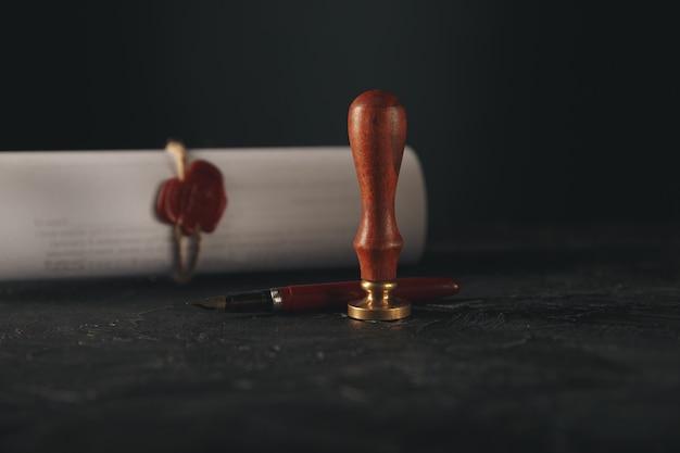法は公証人の紙の弁護士万年筆のシールの概念