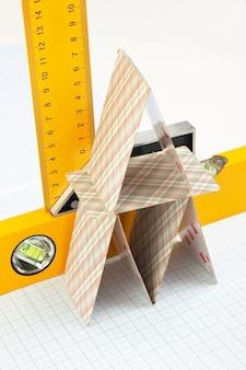 グラフ用紙上の家とツールのレイアウト