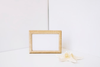 Leaning frame and starfish