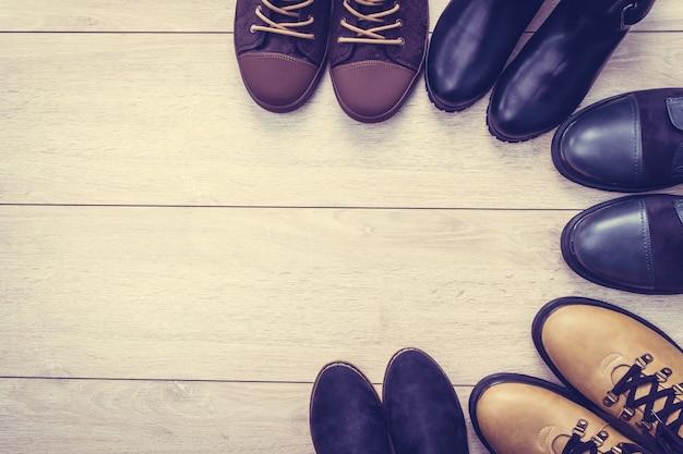 Кожаные сапоги и туфли