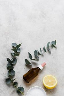 健康でリラックスした心のための葉と油