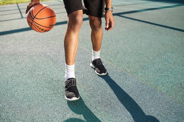 バスケットボール選手の足 Premium写真