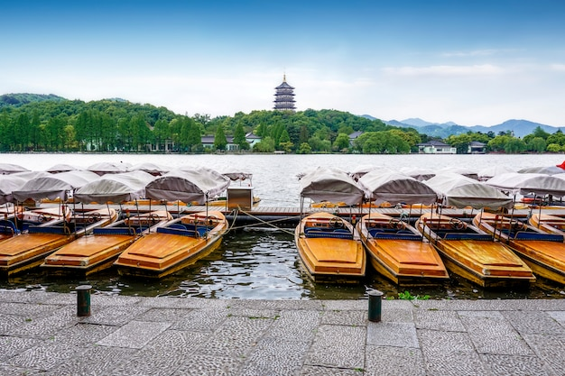 Leifeng tower, west lake, hangzhou